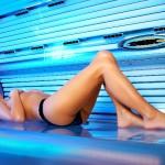 Как правильно загорать в солярии: советы и правила