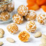 Питательные шарики из кураги и орехов