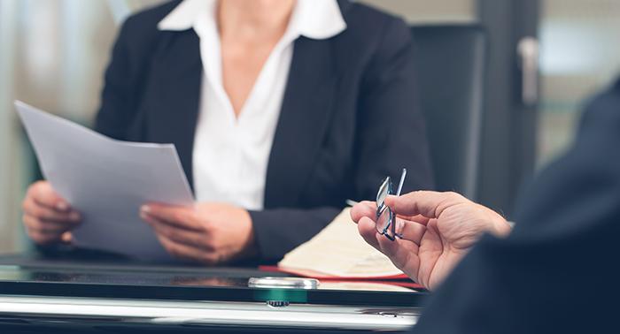 Адвокат консультация стоимость понимаешь