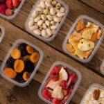 Полезные перекусы: что можно есть на небольших перерывах